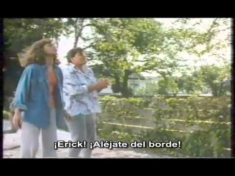 The Boy Who Could Fly (1986). Trailer. Subtitulado al español.