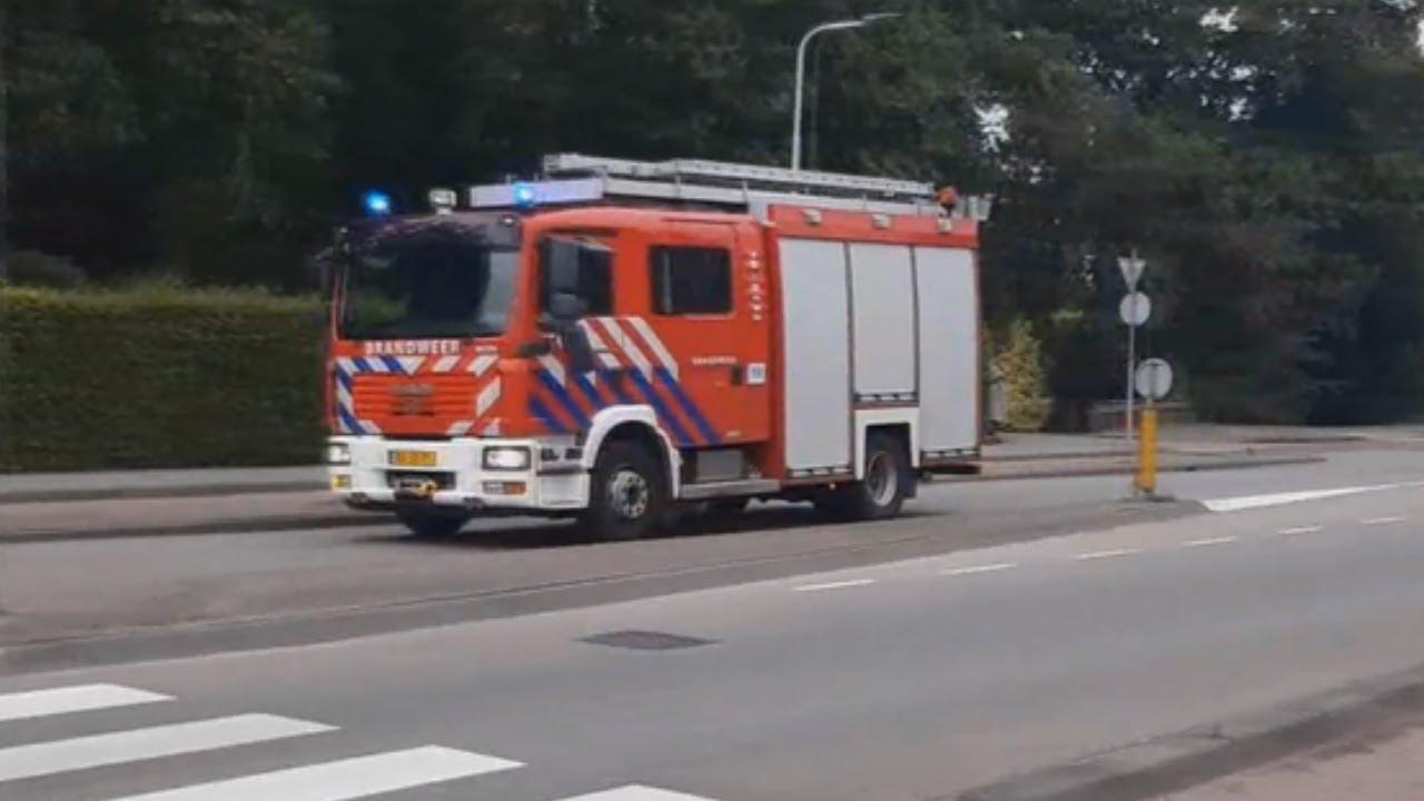 ( RIJOPLEIDING ) Prio 1 Tankautospuit 18-8133 Met Spoed Door Sliedrecht