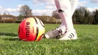 Learn Ryan Giggs panna/ nutmeg skill - Manchester United - Football Soccer Skills