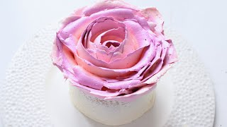 Торт Роза / Как украсить торт / Rose Cake / How to Decorate a Cake(Как уже сказано в видео - вы можете использовать любой плотный крем и украшать им любой торт!..., 2016-07-20T13:10:19.000Z)