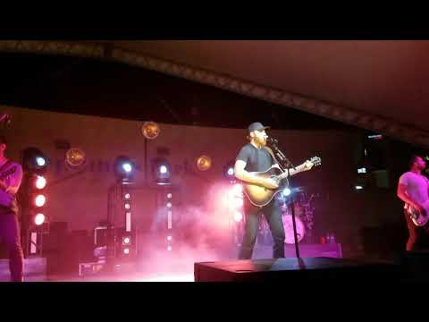 "Eric Paslay ""song about a girl"""