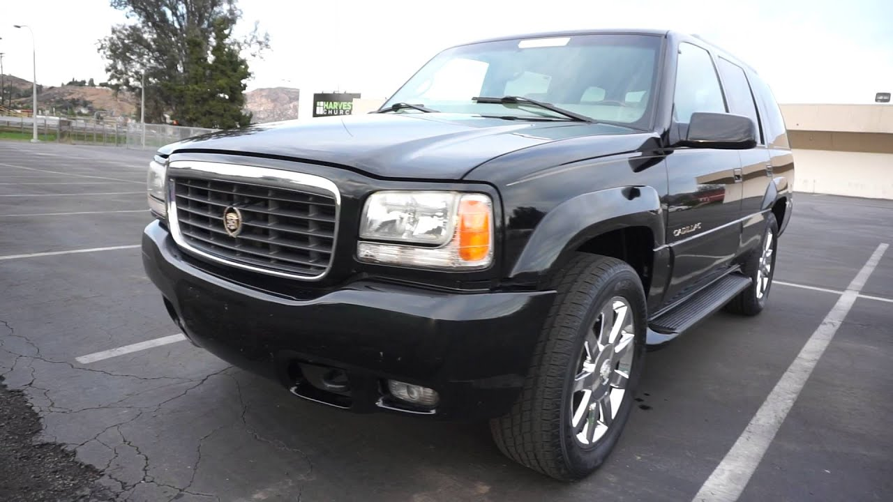2000 Cadillac Escalade First Generation 5.7 V8 Platinum Ed 20 ...
