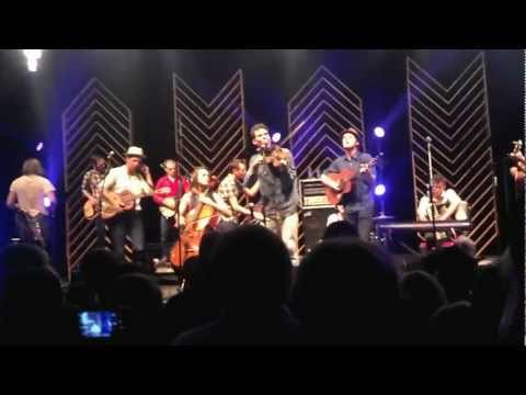 Old Crow Medicine Show - The Night They Drove Old Dixie Down & I Shall Be Released