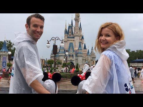 Evas runder Geburtstag bei Mickey Mouse, Elsa und Prince Charming I Vlog Die Imhofs