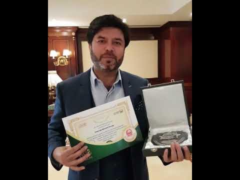 Vijay Samyani ( Founder & Managing Director, Concept Brands Group ) Receives Award From Dubai Police
