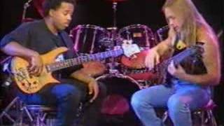 Victor Wooten & Steve Bailey - Bangkok Blues Bass Lesson