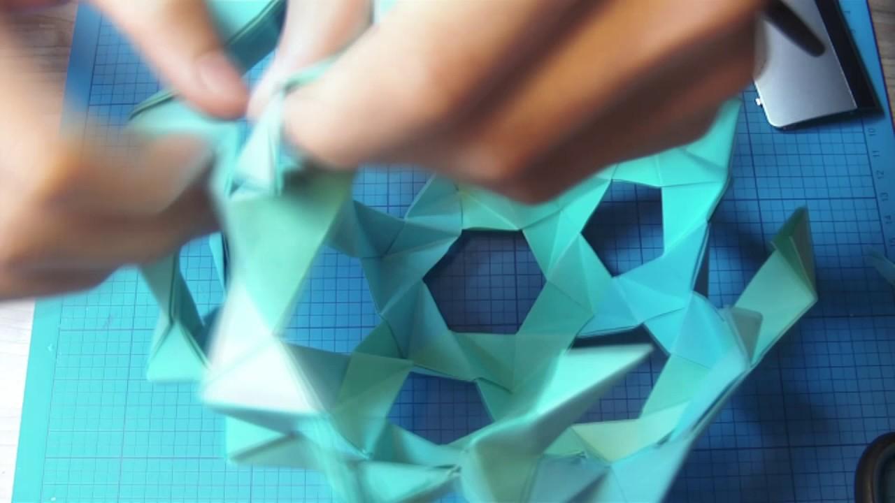 Modular Origami - balls and polyhedra folded by Michał Kosmulski | 720x1280