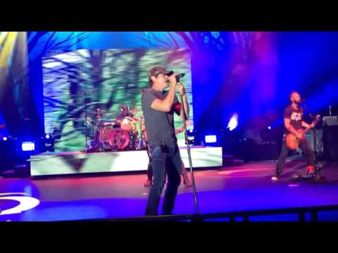 3 Doors Down - It's Not My Time (Live) at The Island Resort & Casino in Harris, MI