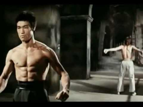 Bruce Lee vs Chuck Norris(Way of the Dragon) HD