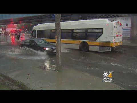 Heavy Rain Floods Dorchester Roads, Homes