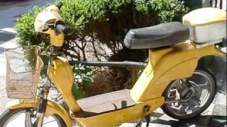 新世界で見た変わったバイク