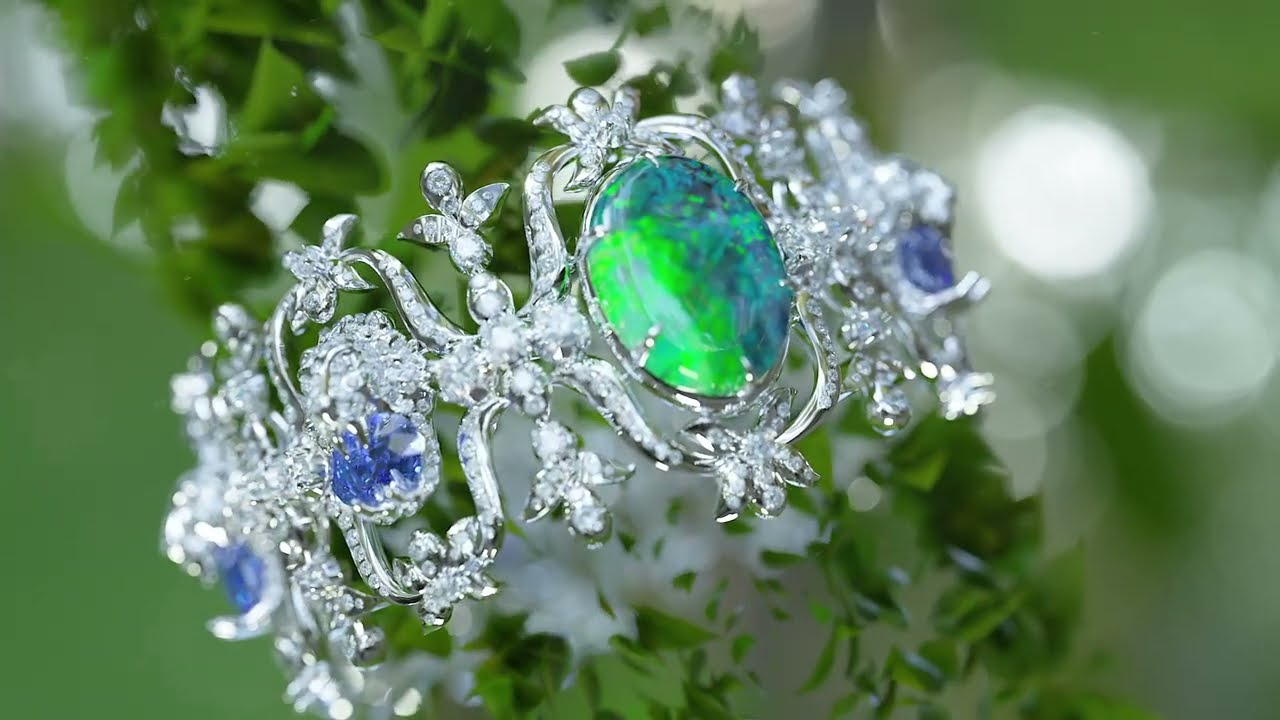 The New Hortus Deliciarum High Jewelry Collection