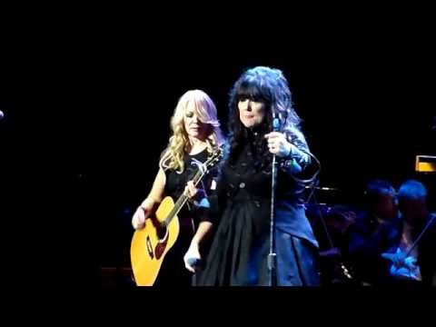 Heart - Alone (Acoustic) - Royal Albert Hall, London - June 2016