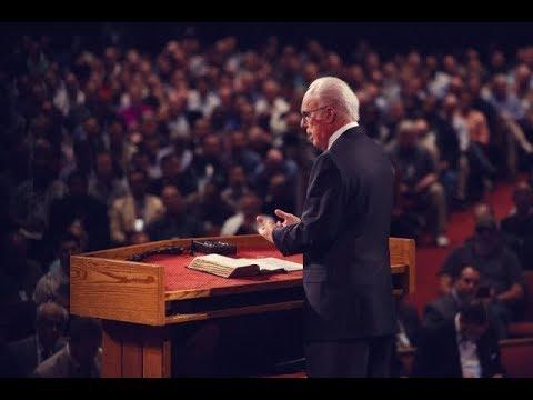 John MacArthur - Are Catholics Saved?