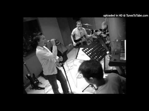 Noizephil - Torn (mp3)