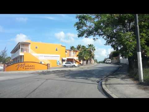 Rondje door Willemstad (Curaçao) onder begeleiding van radio 2014