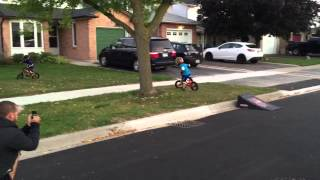 4 yr old bmx kid jumping his ramp for the first time