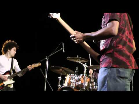 IVAN NEVILLE'S & DUMPSTAPHUNK live TRASIMENO BLUES 2011 [Full HD]