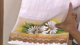Aprenda a pintar delicadas margaridas em toalha de lavabo
