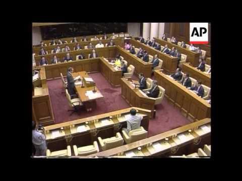 Hong Kong - Lee sworn in to Legislative Council