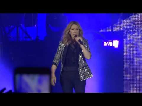 Arrivée sur scène / Céline Dion / Pierre Mauroy Lille 02 Juillet 2017