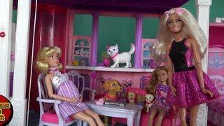 Беременная Золушка в гостях в доме мечты Барби, играем в куклы сериал Барби 2016