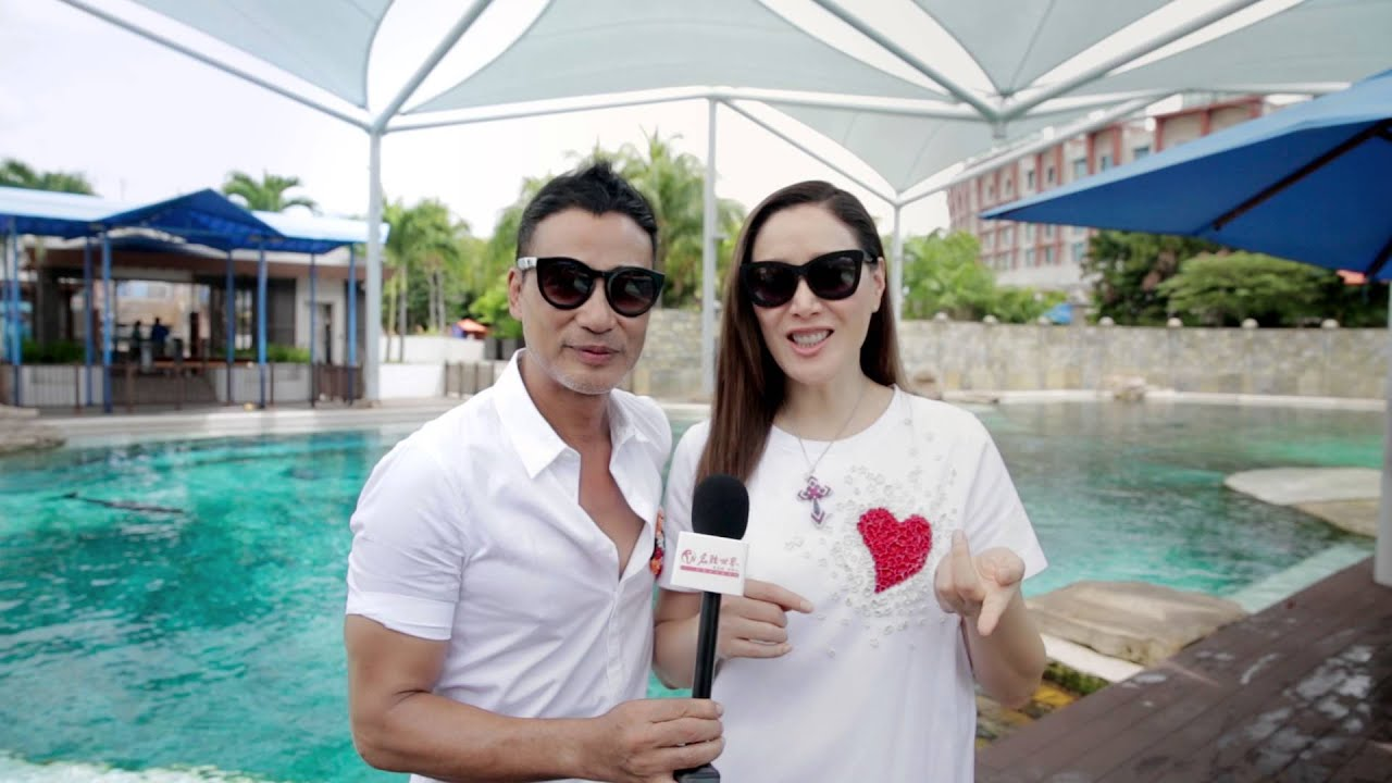 Simon Yam  Qiqi on Holiday at Resorts World Sentosa