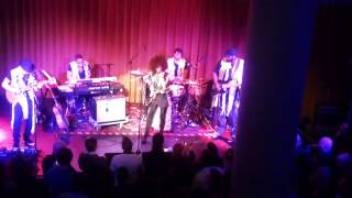 Andy Allo - People Pleaser - People's Place - 30-11-2013