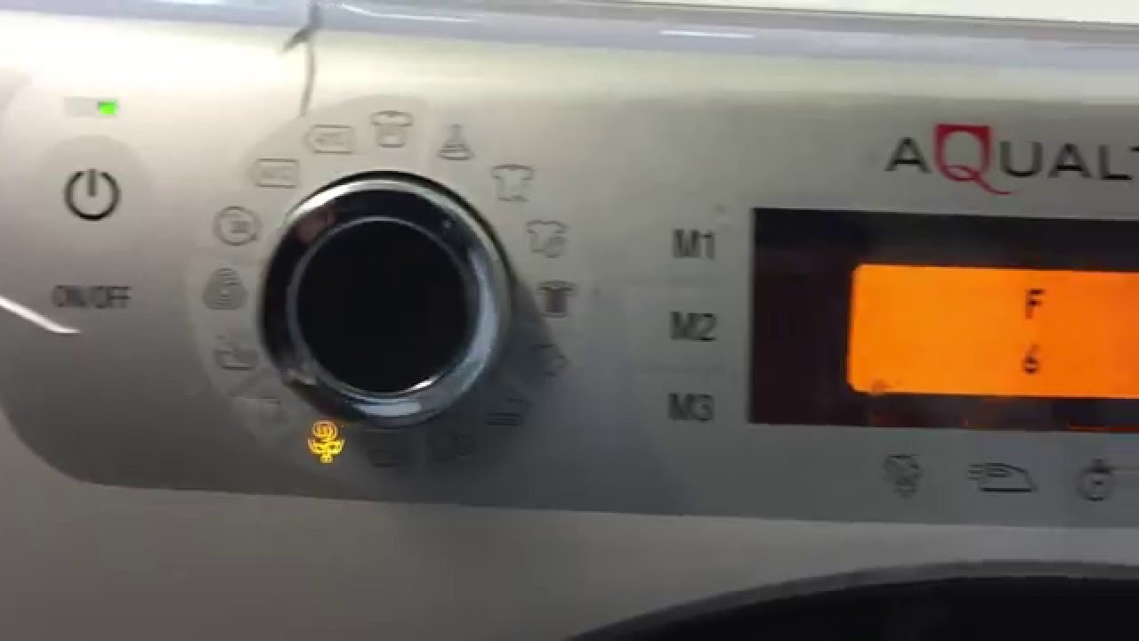 AQUALTIS Hotpoint F 6 error flashing lights