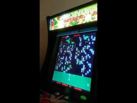 Arcade1Up Centipede games (gameplay) vid from TboneNY10
