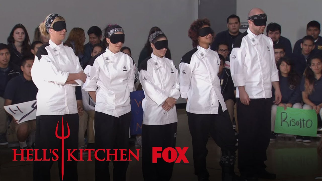 First black jacket challenge season 15 ep 14 hell 39 s for Hells kitchen kids