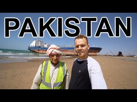 INSIDE PAKISTAN'S SHIP GRAVEYARD 🇵🇰 Abandoned Ships on Coast of Pakistan