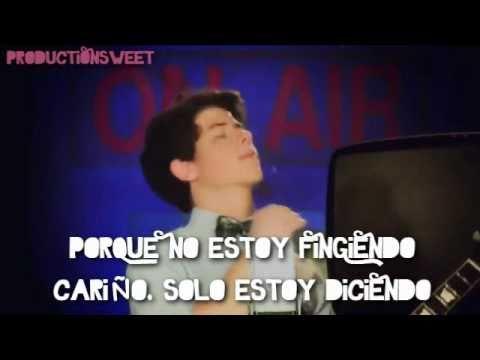 Hey You - Jonas Brothers L.A. - Traducción al español 2011