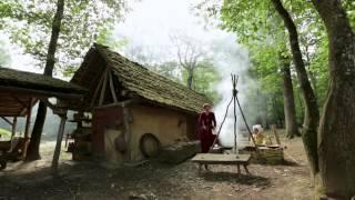 03 Как построить средневековый замок(Создатели документальных сериалов «Викторианская ферма» и «Эдвардианская ферма» историк Рут Гудман и..., 2015-03-20T14:28:59.000Z)
