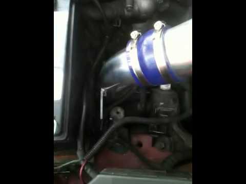 Tiburon Gt W/ Cold Air Intake