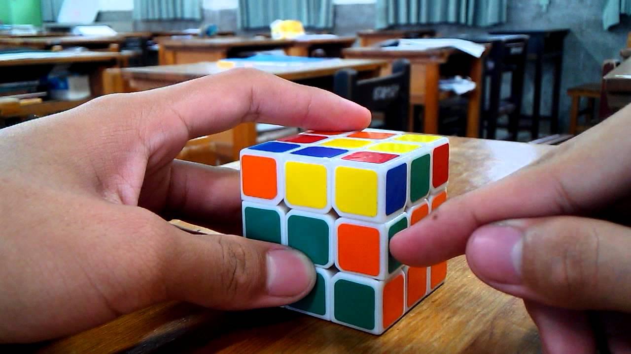 霹靂專業教學---魔術方塊簡易解法 - YouTube