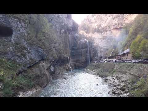 Чегемские водопады в Карачаево-Черкессии. Красивые водопады в шикарном месте
