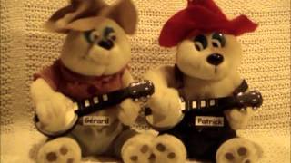 """""""Dueling Banjos"""" Annie & Mac Old Time Music"""