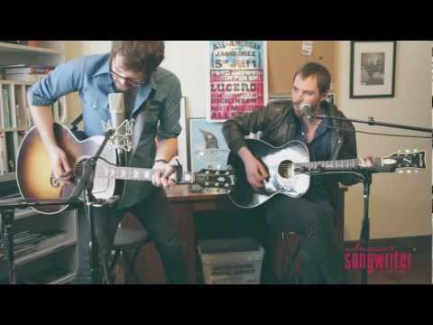 American Songwriter Live: Wagons
