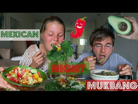 MEXICAN NIGHT MUKBANG // RAW vs. COOKED [VEGAN]