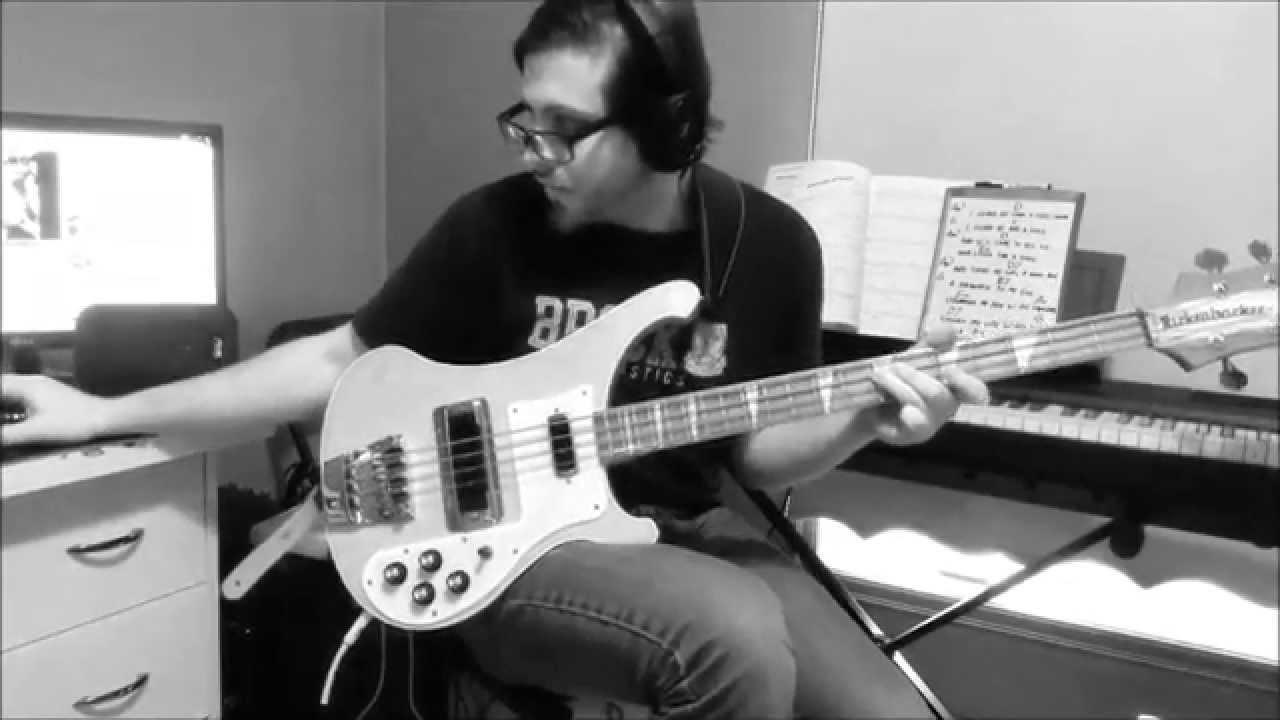 how to play josie on bass