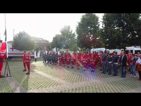 2016-06-04 h. 19.21 - Campo CRI di Parona 2016 (PV) - Ammaina Bandiera con Polizia e VdF