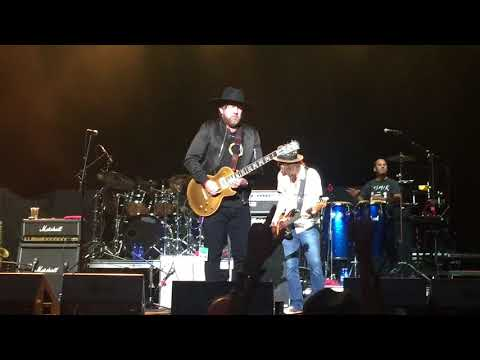 Devon Allman with Gregg Allman Band performing One Way Out