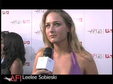 What's Your Favorite Movie LEELEE SOBIESKI?