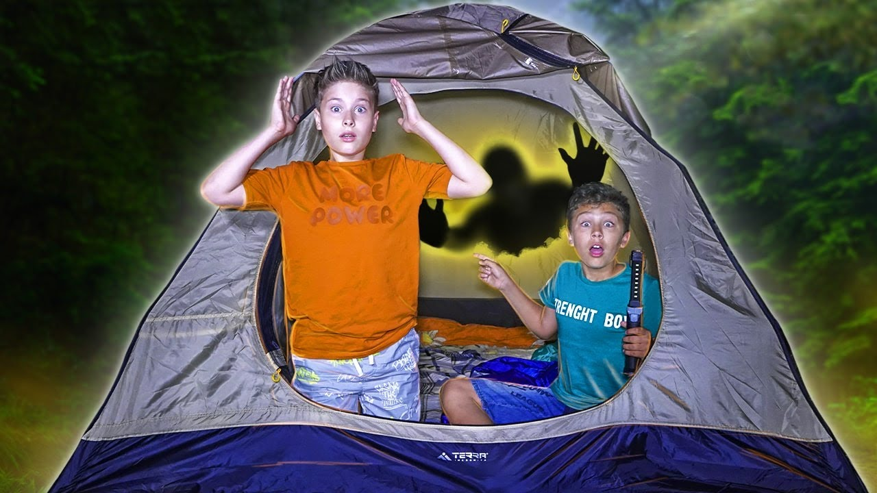 24 часа В ПАЛАТКЕ челлендж!!! Серёжа провел ночь в палатке?
