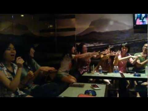 SIFE HANU & SIFE RMIT SGS - Karaoke together
