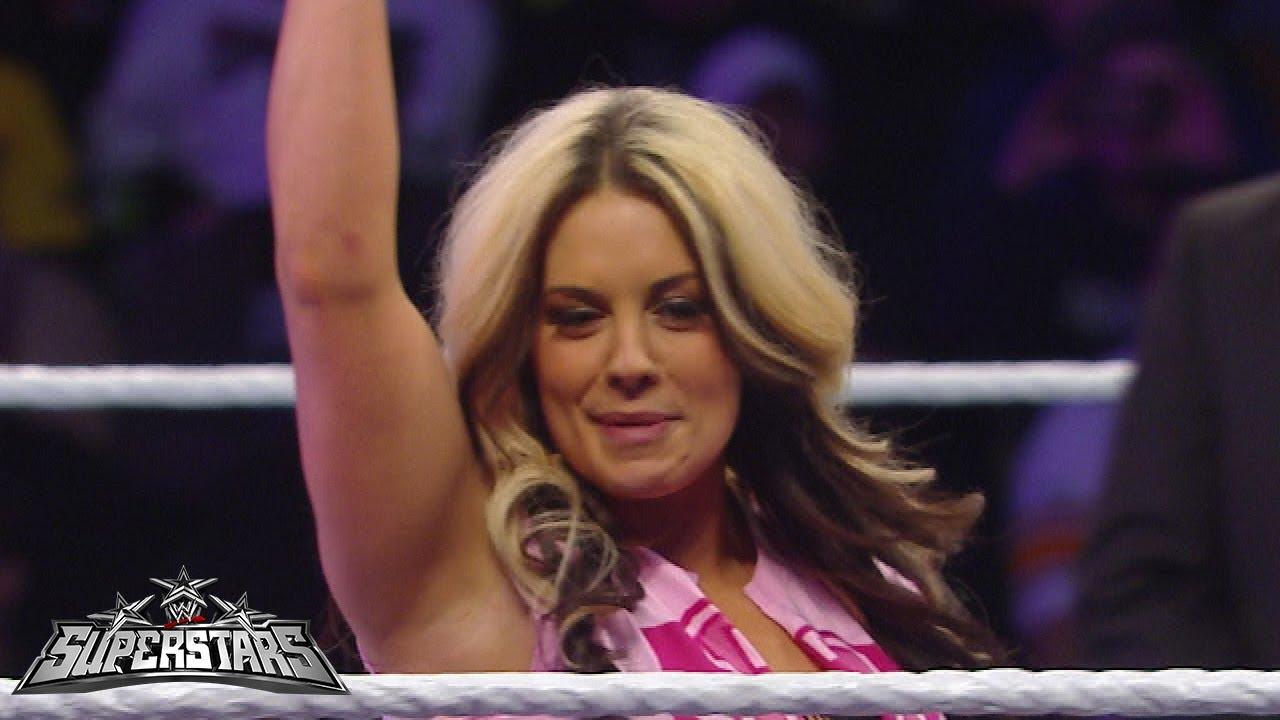 butt Paparazzi Kaitlyn WWE naked photo 2017