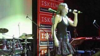 Heli Ruotsalainen laulaja