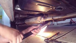 Bagged 1964 Chevy Impala Lowrider Cherry Bomb exhaust Install...