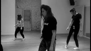 FALL IN LINE - Cristina Aguilera ft. Demi Lovato (Lara Becker - coreografía)